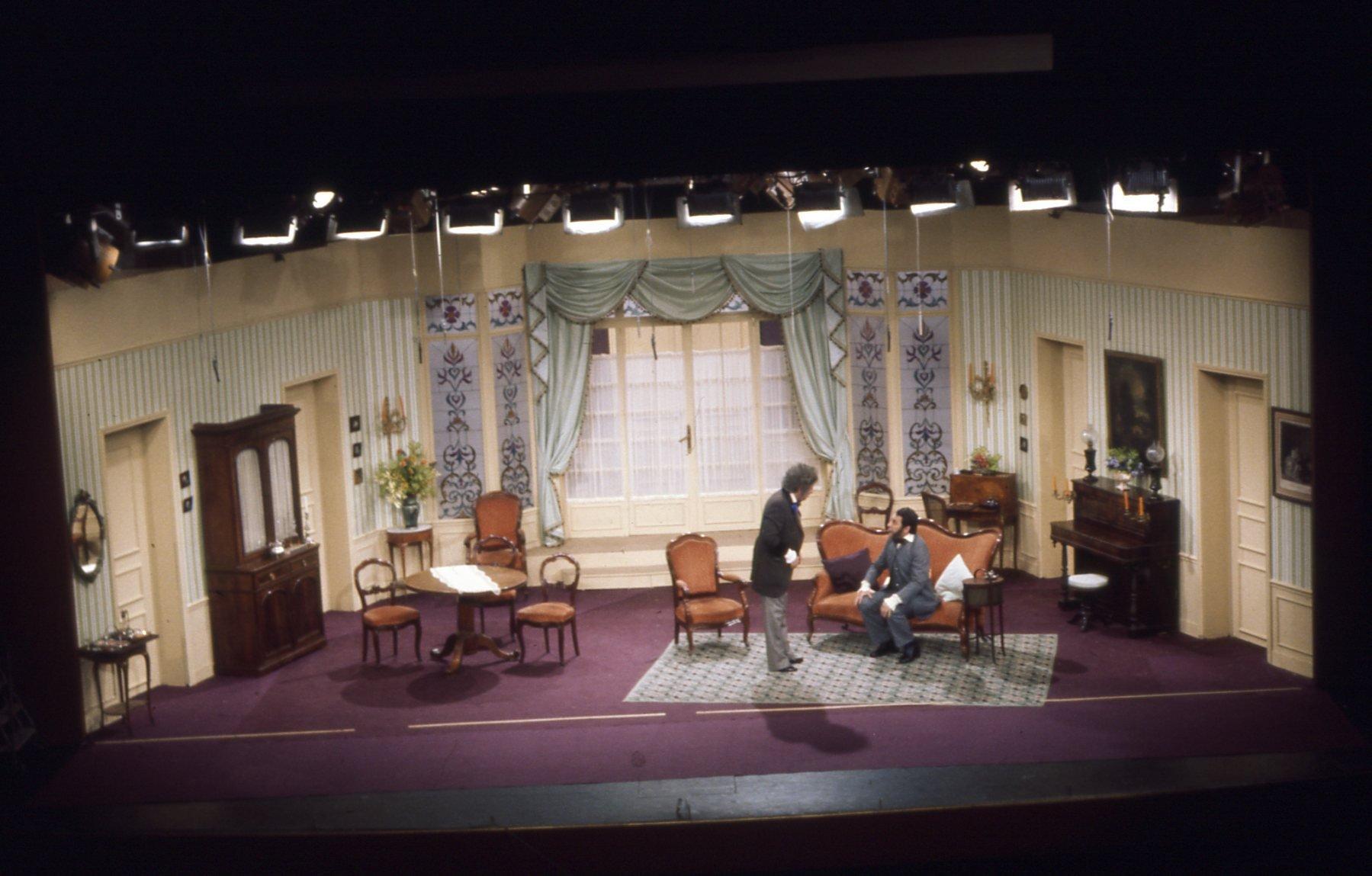 jean pierre clech chef d corateur a d c production designer les petits oiseaux 1977. Black Bedroom Furniture Sets. Home Design Ideas
